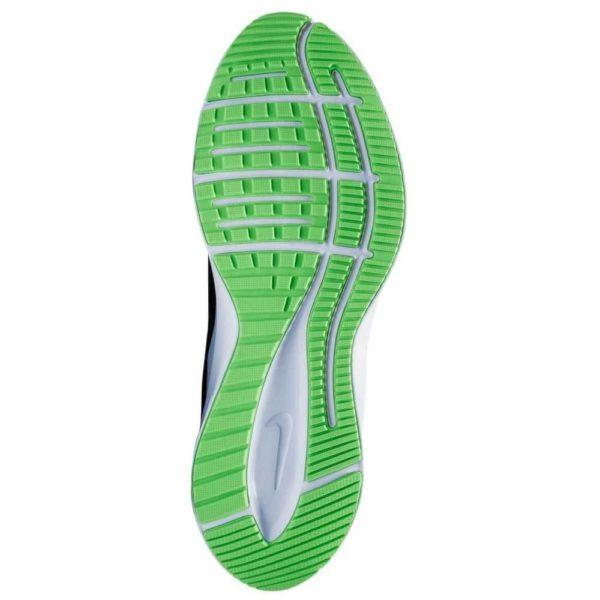 Nike Quest 3 Shield